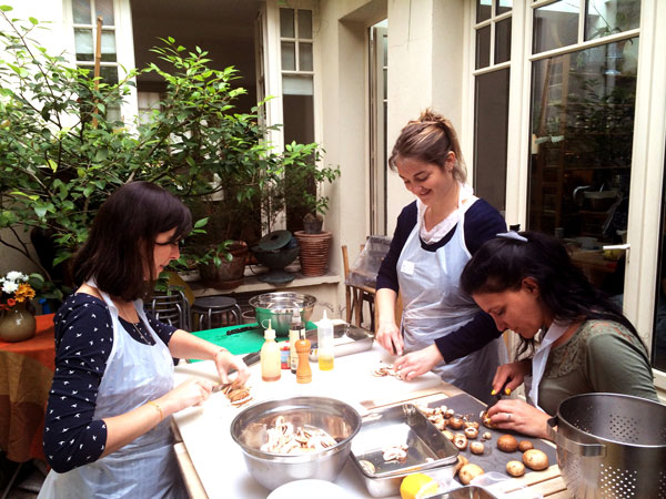 Evjf cours de cuisine original paris guestcooking for Atelier de cuisine paris