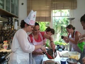 okEVJF-cours-de-cuisine-GuestCooking-4213