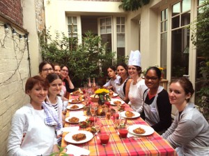 okEVJF-cours-de-cuisine-GuestCooking-4249